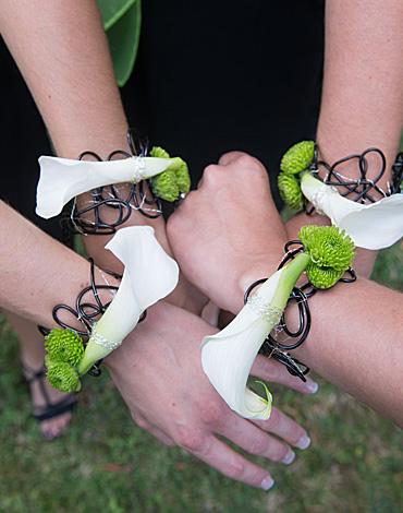 Accessoire, bracelet de fleurs pour un mariage